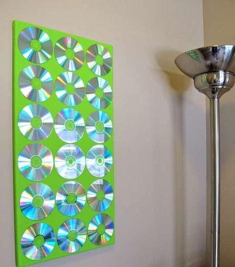 70. Painel decorativo criado por meio do artesanato com CD. Fonte: Pinterest