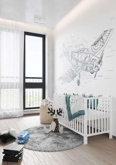 35. Quarto infantil com decoração clean e piso flutuante. Fonte: Pinterest
