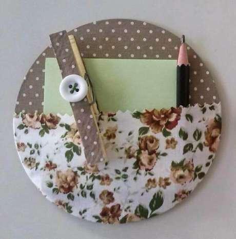 28. Porta treco feito por meio do artesanato com CD. Fonte: Pinterest