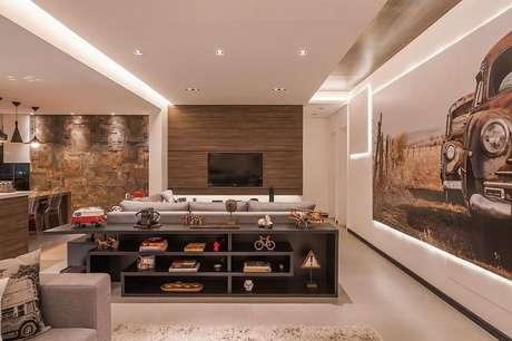 19. A sala de estar fica lindo com rebaixamento de gesso destacado. Projeto por Raduan Arquitetura.