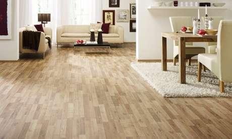 65. Ambiente integrado com piso em tom claro. Fonte: Pinterest