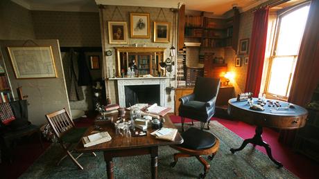 O estúdio de Darwin em sua casa, a Down House, agora é preservado como museu