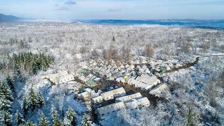 O campo de Vucjak não tem água nem acesso a saneamento
