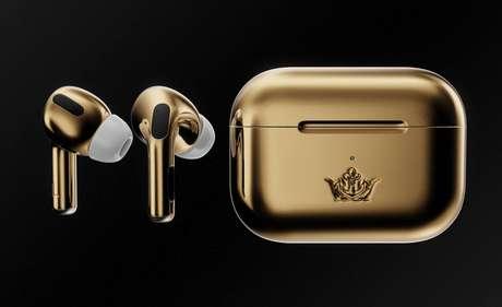 Marca russa de acessórios de luxo Caviar vende AirPods banhados a ouro por US$ 67,7 mil