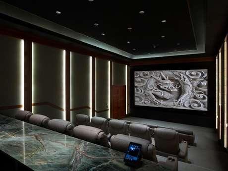 57. Iluminação especial para sala de cinema. Fonte: Pinterest