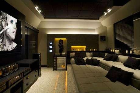 23. O isolamento acústico é importante para que o som não se espalhe pela casa. Fonte: Pinterest