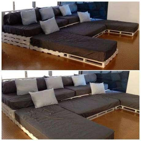 50. Cinema em casa sofá com pallets. Fonte: Pinterest