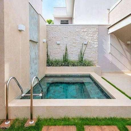 36. A pedra para piscina deve prever diferentes usos. Foto: Instagram