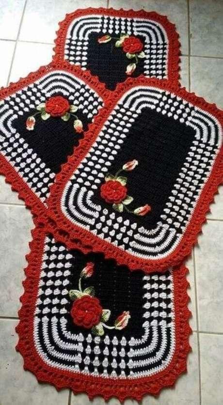 61. O tapete de crochê para cozinha pode ser muito chamativo. Foto: Top Buzz