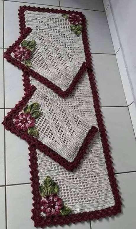 64. O tapete de crochê para cozinha deve combinar com o cômodo. Foto: Tudo Especial
