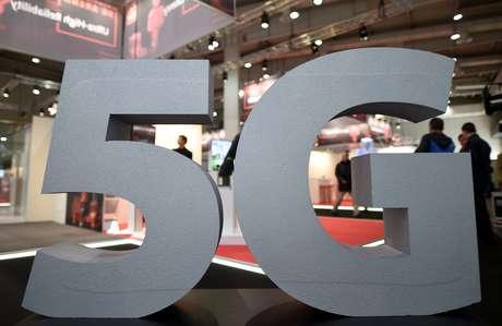 Placa indicativa da tecnologia 5G em feira de comércio em Hannover, Alemanha 31/03/2019 REUTERS/Fabian Bimmer