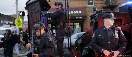 Dupla de agressores foi morta depois de um tiroteio com a polícia que durou quatro horas