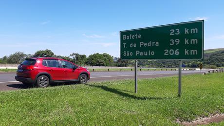 Rodovia Castello Branco: na autoestrada o carro não dá sono.