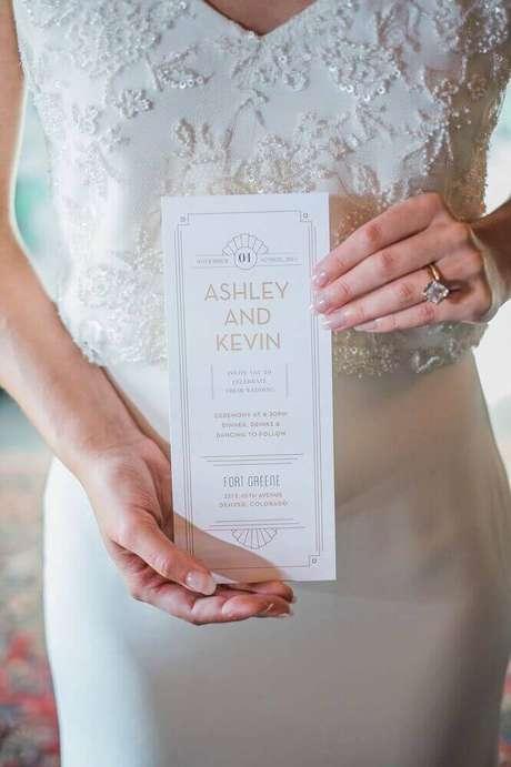 1. O convite de casamento simples tem se tornado tendência em vários estilos de casamento – Foto: Rook Design Co.