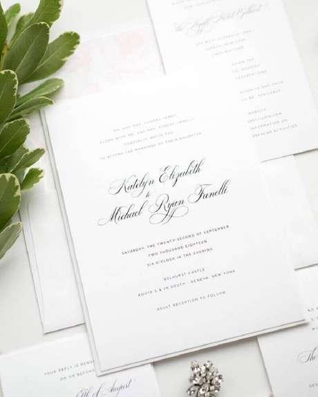 4. Modelo de convite simples de casamento com estilo clássico – Foto: Cosmoclean.info