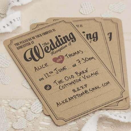 68. O convite de casamento simples e rústico também pode ter detalhes divertidos – Foto: Pinterest