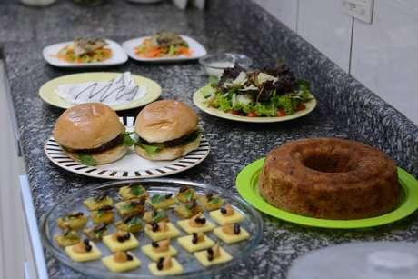 Mais expostos ou disfarçados em pratos, os insetos devem se tornar, cada vez mais, uma parte da alimentação das pessoas
