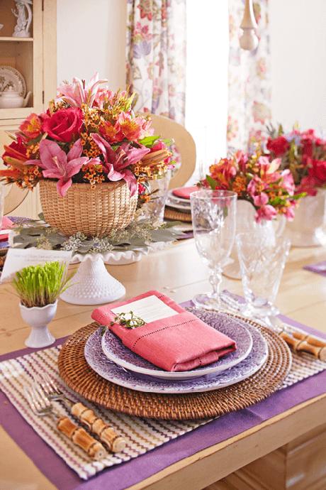 7. Decoração de casamento na festa em casa com mesa de jantar decorada – Via: Pinterest