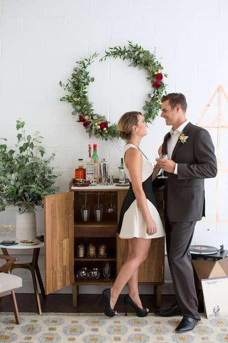 1. Festa de casamento em casa com espaço para bar – Via: Classic Martini