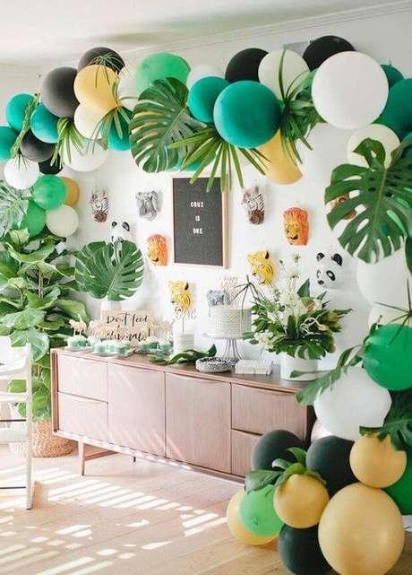 14. Decoração de festa em casa estilo tropical – Via: Casa Vogue