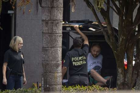 """Fiz campanha para Bolsonaro e me arrependi"", diz hacker"