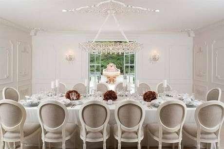 45. Decoração clean e elegante para as ala de jantar. Fonte: Pinterest