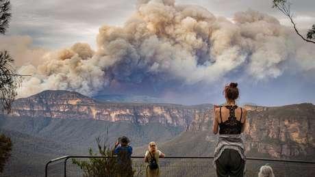 Um grande incêndio nas proximidades de Sydney