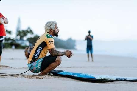 Ítalo Ferreira é um dos concorrentes ao título em Pipeline (Foto: Divulgação/WSL)