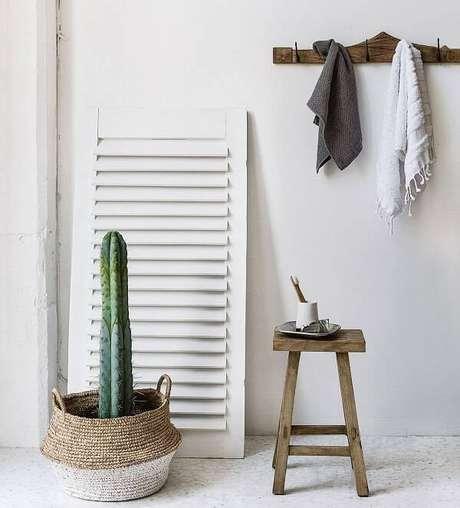 60. Cachepô criativo para diferentes tipos de cactos decora o ambiente da casa. Fonte: Pinterest