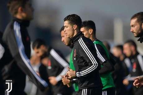 Juventus tenta assumir a liderança do Campeonato Italiano (Foto: Reprodução/Juventus)