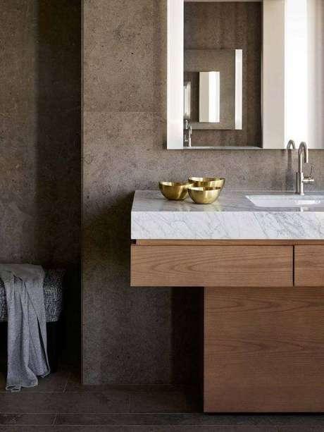 17. Mármore carrara na pia do banheiro – Via: Decor fácil