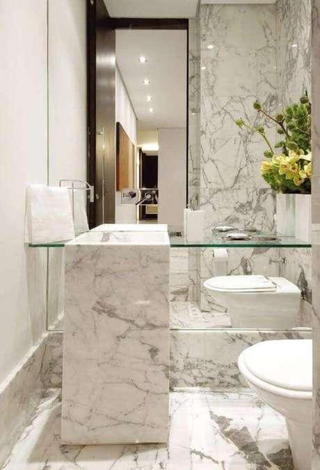 21. Mármore carrara no lavabo sofisticado – Via: Decor Fácil