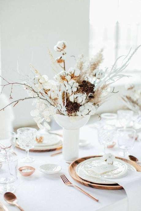 7. As flores secas são perfeitas para decoração de festas. Foto: Pinterest