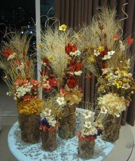 29. As flores secas funcionam como lindas lembrancinhas. Foto: Elo7