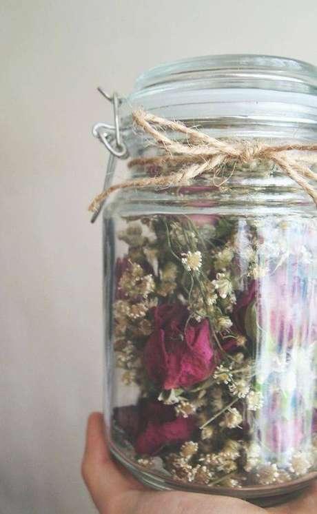 39. As flores secas podem estar em terraços. Foto: Mujer de 10