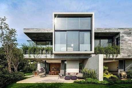 58. Modelos de casas lindas e modernas com amplas paredes de vidro – Foto: Architizer