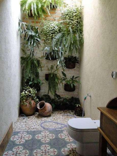 29. Pisos antigos são muito usados em ambientes externos. Foto: Alugue Temporada