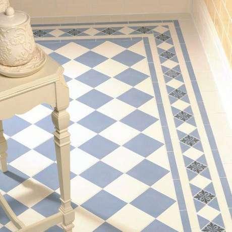 17. Padrões são comuns em pisos antigos. Foto: Urban Glamorous