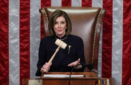Presidente da Câmara dos EUA, Nancy Pelosi, durante votação que aprovou impeachment do presidente Donald Trump na Casa 18/12/2019 REUTERS/Jonathan Ernst