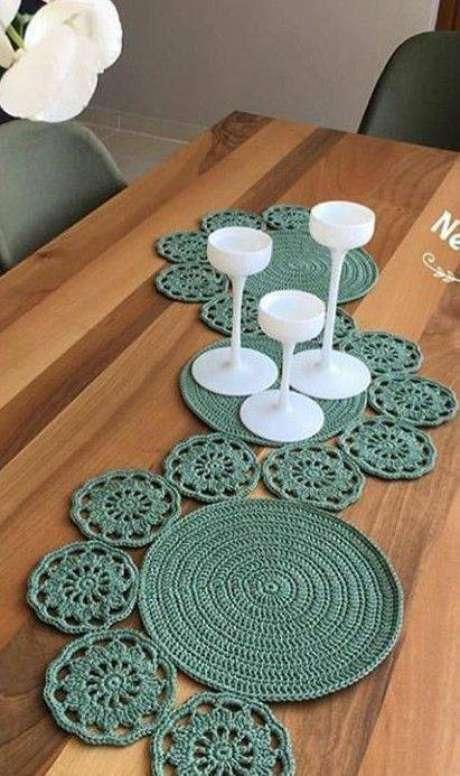 42. Centro de mesa de crochê comprido e criativo – Via: Pinterest