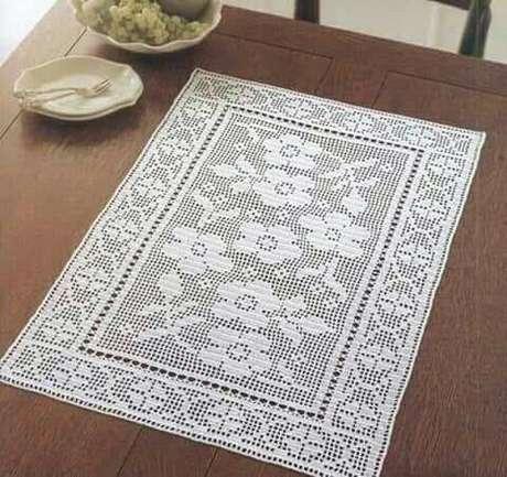 49. Decore sua casa com o centro de mesa de crochê retangular – Via: Pinterest