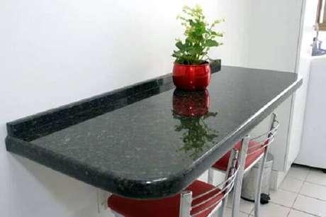 56. Mesa embutida na parede da cozinha. Fonte: Pinterest