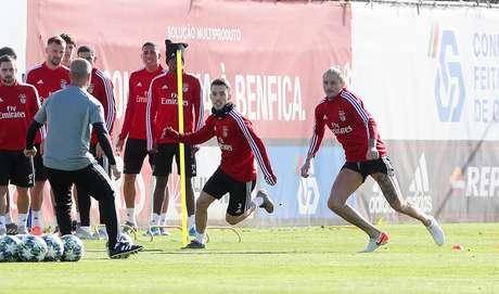 Benfica depende de combinação de resultados para avançar na competição (Foto: Reprodução/Benfica)