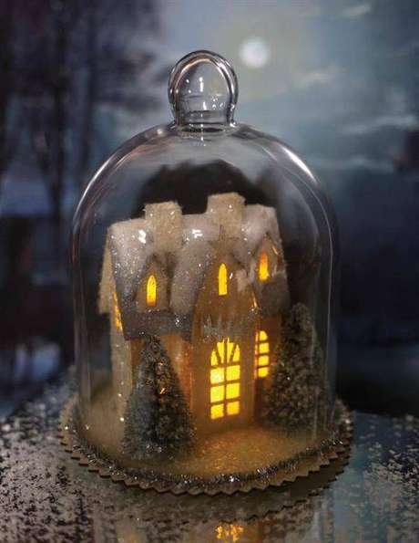 15. A redoma pode ser usada na decoração de Natal. Foto: Victorian Trading
