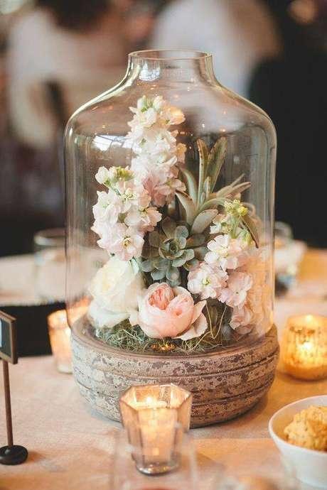 6. A redoma é ótima para arranjos de flores. Foto: Mari Junqueira