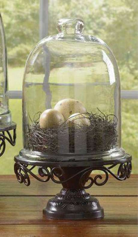 36. Esta redoma usa um ninho falso. Foto: Home Traditions