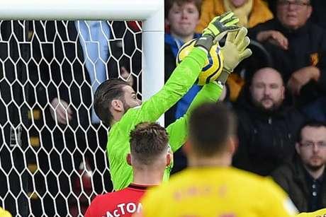 De Gea engole o frango que abriu caminho para a vitória do Watford. (Foto: Daniel Leal-Olivas / AFP)