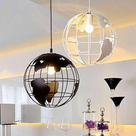 48. Lustres modernos possuem temáticas. Foto: 4Style Interiores