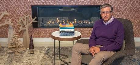 Fundador da Microsoft, Bill Gates escreve anualmente sobre suas recomendações de livros