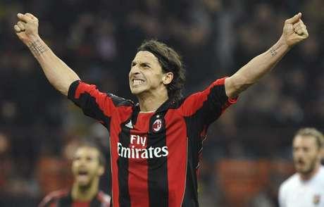 Atacante voltou para o clube de Milão em que teve muito destaque (Foto: Giorgio Perottino)